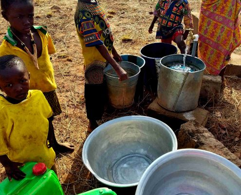 Also the children are happy about the borehole
